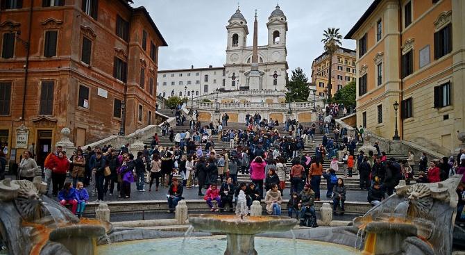 НСИ отчита над 10 процента ръст на пътуванията на българи в чужбина