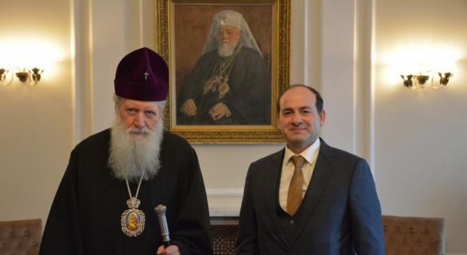 Патриарх Неофит прие на среща посланика на Сирия