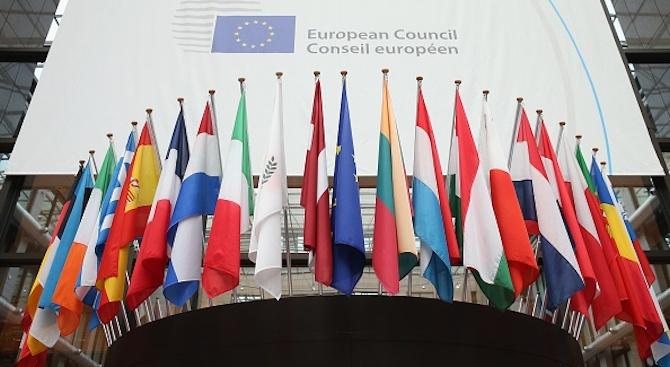 Съветът на Европа ще наблюдава положението с върховенството на закона в Полша