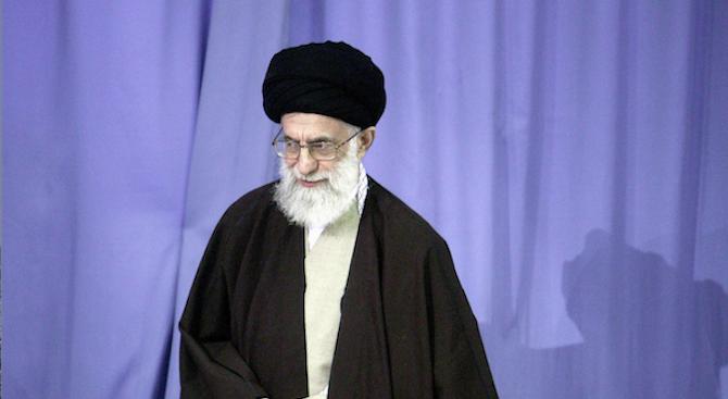 Али Хаменей: Планът на Тръмп е обречен на провал