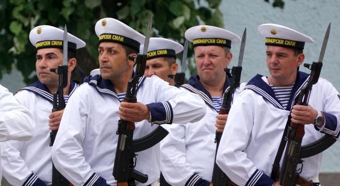 ВМС обявяват конкурс за 100 вакантни длъжности за матроси