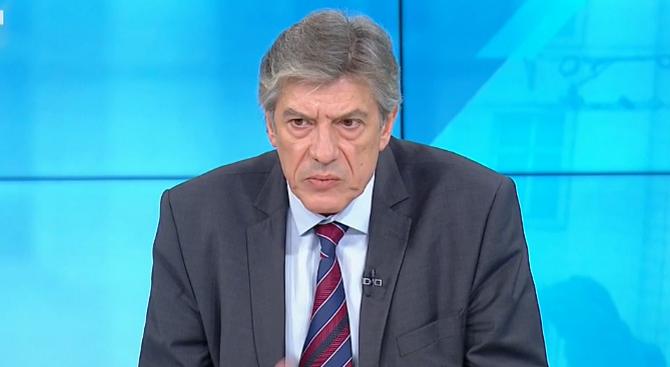 Доц. Гълъбов: Няма сблъсък на институции между Прокуратура и Президентство