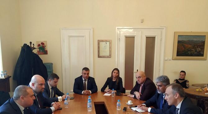ОП и Красимир Вълчев се заемат с управленските приоритети в образованието