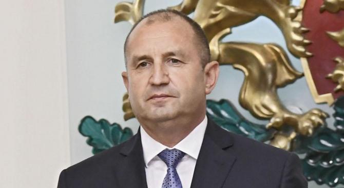 Румен Радев ще удостои с държавни отличия дейци на културата и науката