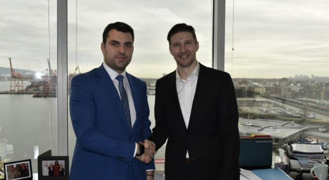 Заместник-министърът на външните работи Георг Георгиев, който е на посещение