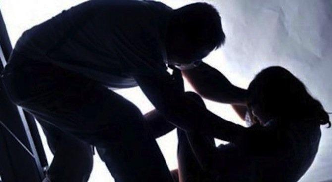 20-годишен изнасили 75-годишна жена