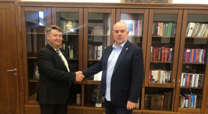 Иван Гешев подписа Споразумения за сътрудничество с АПБ и КСБ