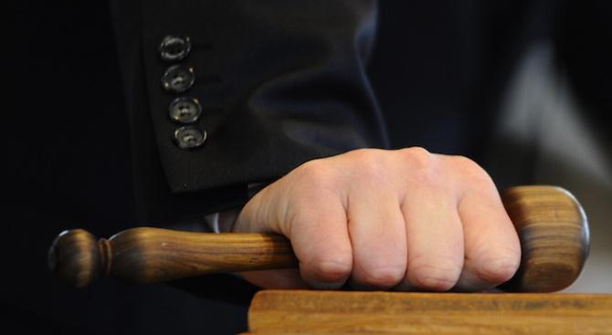 Съдът в Хасково поиска психиатрична експертиза за малолетен, обвинен в убийство