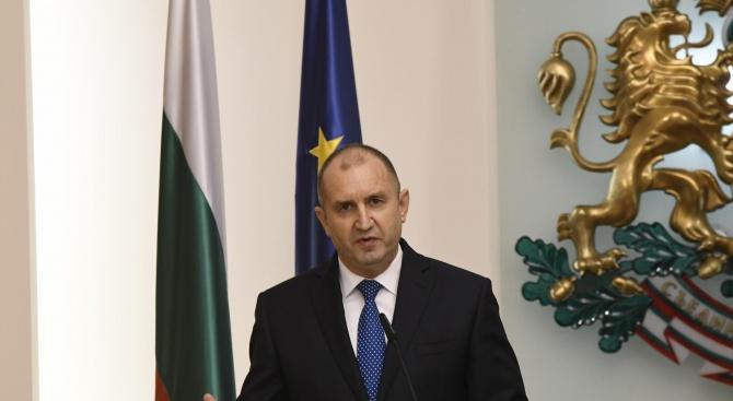 Атанас Славов с коментар за скандалите около Радев
