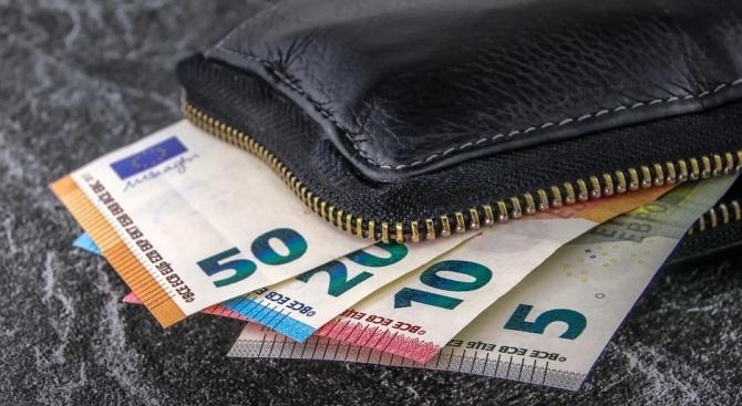 Има ли смисъл в обръщането на левове в евро?
