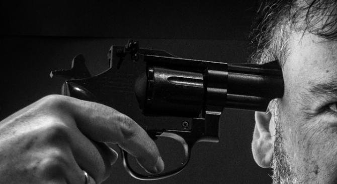 Мъж се простреля в главата във Велико Търново