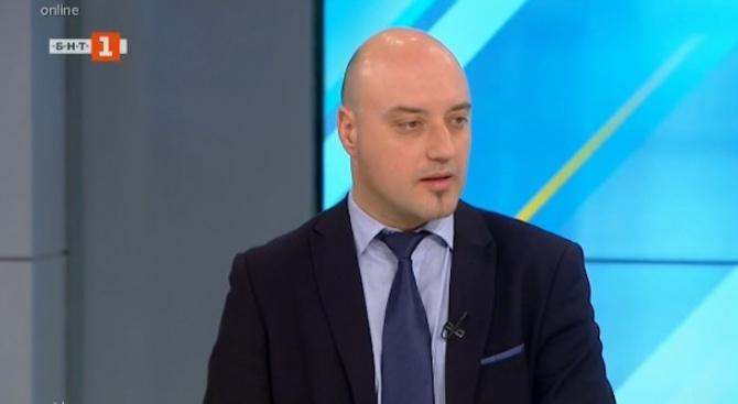 Има ли междуличностни атаки между Румен Радев и Иван Гешев?