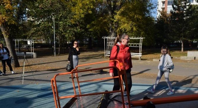 Люлката за деца с увреждания в столичния парк Света Троица