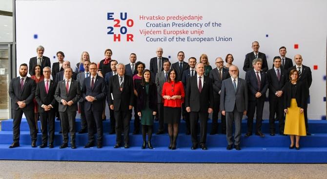 Укрепването на европейското научноизследователско пространство заедно с държавите членки стои