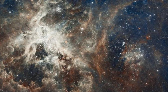 """Огромна галактика """"изгасна"""" и учените не знаят защо"""