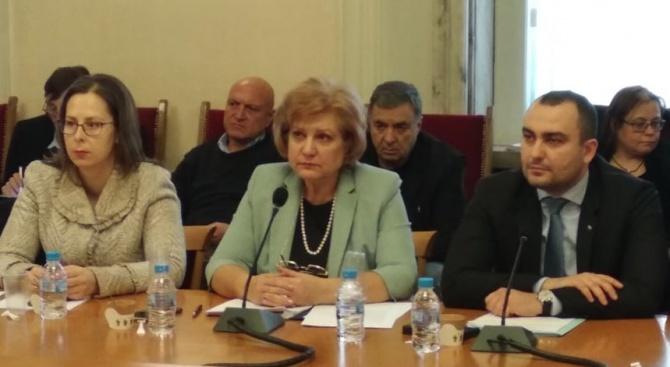 Комисията по бюджет и финанси гледа на второ четене промените