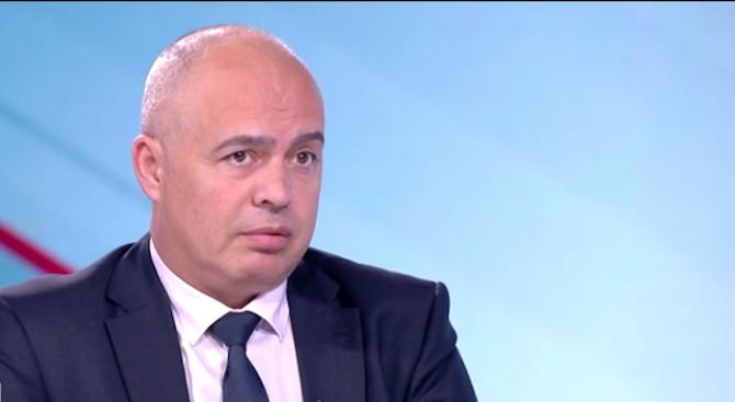 Георги Свиленски: Снегът блокира държавата, а Борисов се радва от Брюксел