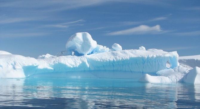 Най-големият айсберг в света е на път да навлезе в открития океан
