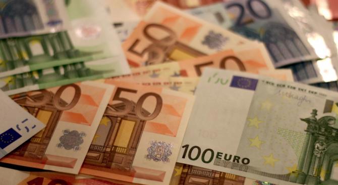 СДС: Прокремълското лоби яростно се съпротивлява на влизането ни в еврозоната