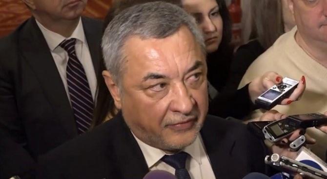 """Валери Симеонов: Спрете да купувате талончета на """"Национална лотария""""! Още другата седмица частните лотарии остават без лицензи"""