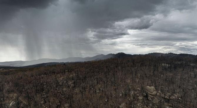Обилни дъждове в Австралия предизвикаха наводнения, но потушиха пожари
