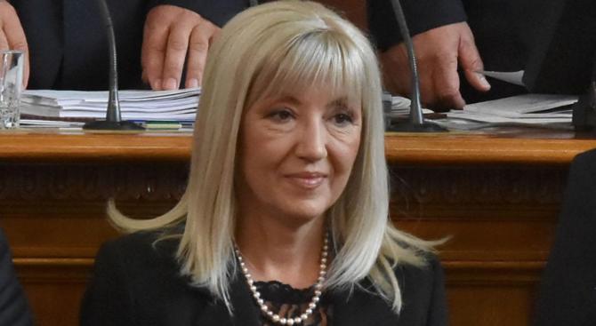 Петя Аврамова разкри подробности за проекта за пречиствателна станция в Сливен