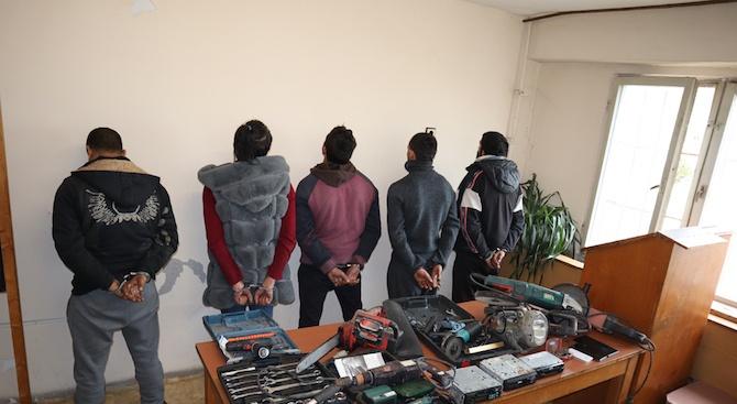 19 задържани при полицейската операция в Бургас