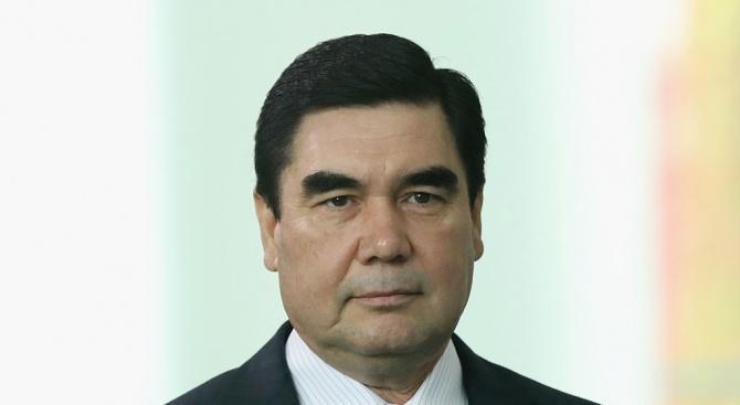 Туркменският президентГурбангули Бердимухамедов назначи днес сина си Сердар за министър