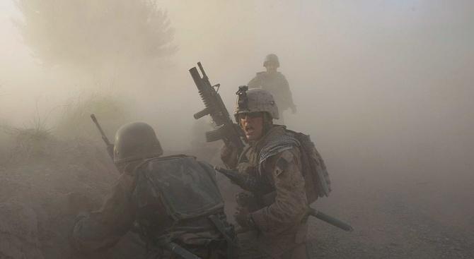 Двама американски военнослужещи загинаха и шестима бяха ранени при вчерашното