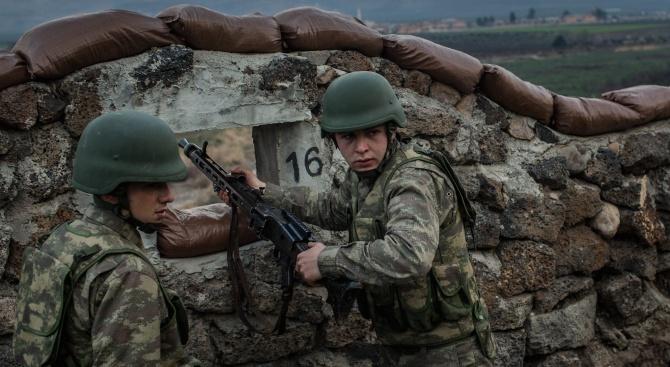 Поне петима турски войници са били убити в Сирия, предаде