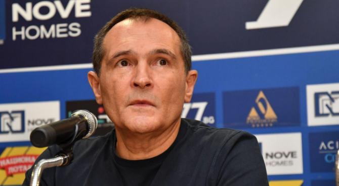 120 страници е искането за екстрадиция на бизнесмена Васил БожковВасил