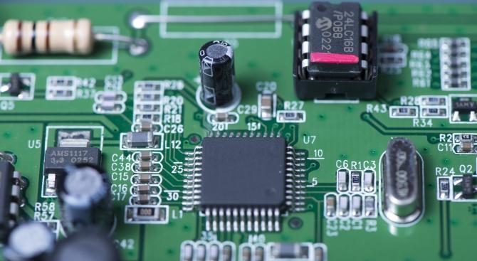 Британска компания представи чипове с изкуствен интелект
