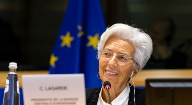 Обсъждат бъдещата политика на ЕЦБ с Кристин Лагард
