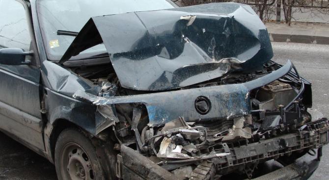 75-годишен пиян шофьор предизвика катастрофа