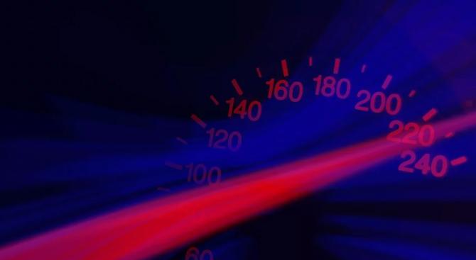 Младеж е заснет да шофира с 170 км/ч в Пловдив,