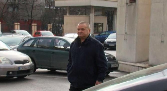 Съдия Андон Миталов се върна на работа