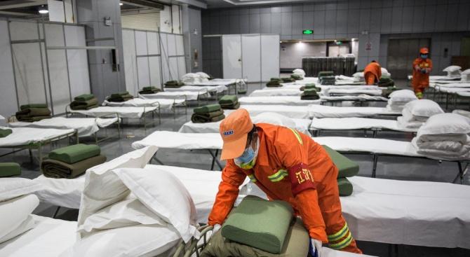 Смъртните случаи от коронавируса в Китай вече са 1113
