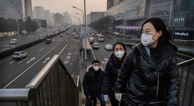 """Български журналист от Радио """"Пекин"""": Разминават се мненията кога ще е пикът на коронавируса в Китай"""