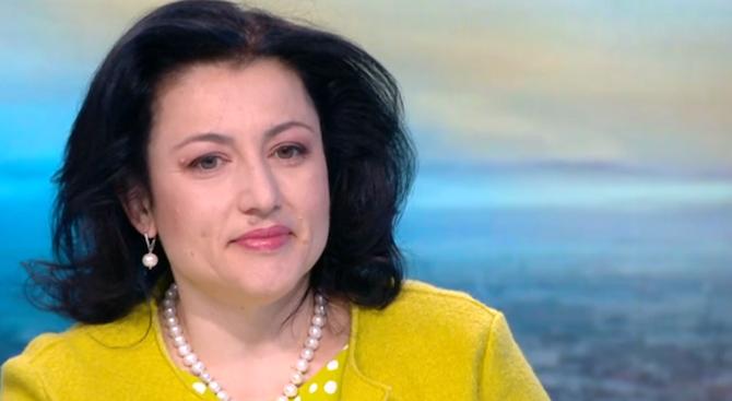 Десислава Танева: Без значение от това какво се прави тази година ще мине под знака на АЧС