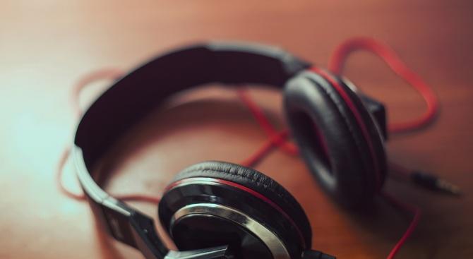 Родни изпълнители искат повече българска музика, внасят предложения за законодателни промени
