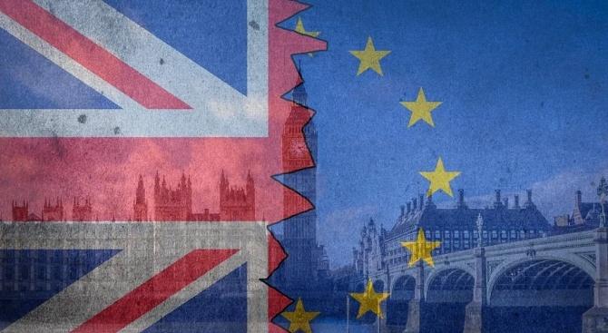 """Резултат с изображение за """"Великобритания: Не искаме нискоквалифицирани работници от ЕС"""""""