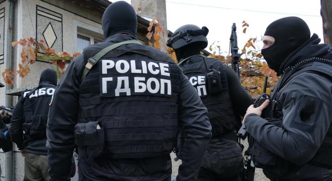 Двама висши полицаи в София са арестувани днес сутринта