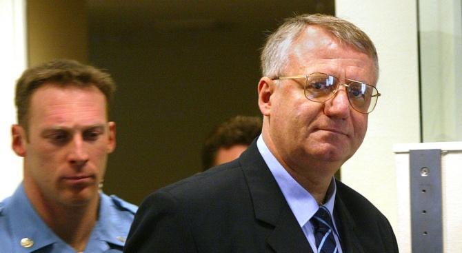 Лидерът на националистическата Сръбска радикална партия (СРП) Воислав Шешел се