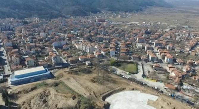 ОЛАФ разследва ремонт на несъществуваща сграда в Петрич