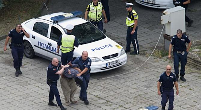 Експерт по сигурността: Респектът към полицията е намалял