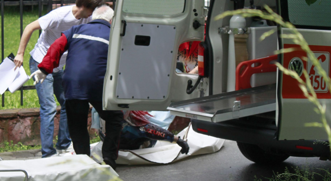 Бизнесмен пострада при сбиване в Дупница