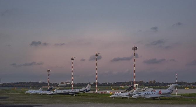 Турска авиокомпания обяви фалит