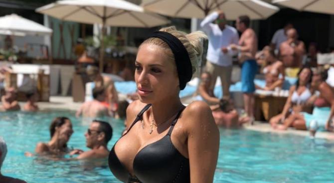 Участничка в ''Мис Плеймейт'' е новата изгора на Димитър Рачков?