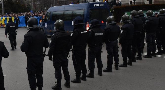 16 задържани преди столичното дерби
