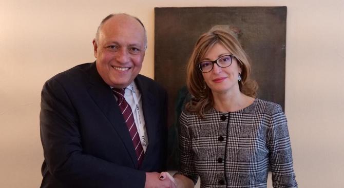 Вицепремиерът Захариева се срещна с външния министър на Египет Самех Шукри